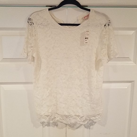 Brooks Brothers Tops - NWT Brooks Brothers lace top